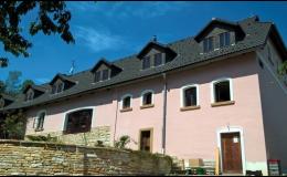 Střecha z pálených tašek Červený Kostelec