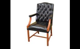 Zakázková výroba anglického čalouněného nábytku Chesterfield