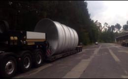 Bezpečná přeprava prefabrikátů, vrtných souprav, stavebních, lesních a zemědělských strojů