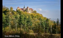 Zámek Jezeří a zajímavé lesy Krušných hor
