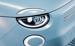 LED světla INFINITY u vozu Fiat 500