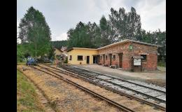 Obec Lovečkovice, minimuzeum obce a železnice
