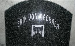 Pomníček pro zesnulého domácího mazlíčka