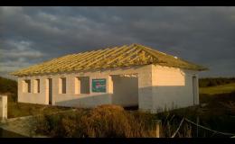 Výstavba střech, tesařské práce - Chomutov