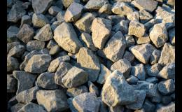 Dodej drceného kameniva