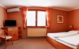 Ubytování ve dvoulůžkových pokojích s možností přistýlky Valtice