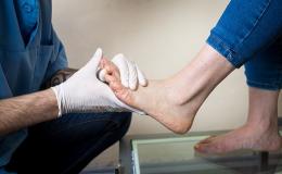 Specializovaný fyzioterapeut pro pacienty se zdravotními potížemi