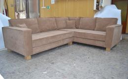 Zakázková výroba luxusního značkového čalouněného nábytku