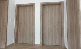 Interiérové otočné, posuvné, bezfalcové, skládací dveře Znojmo
