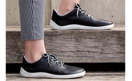 Ruční výroba barefoot obuvi pro každou ženu