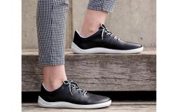 Barefoot obuv v černém provedení