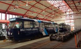 Polepy na tramvaje a autobusy a vlaky