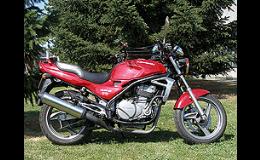 Praktické jízdy osobními vozidly a motocykly