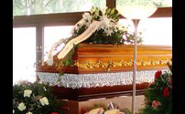 Pohřby do země či kremace. Záleží na přání každého.