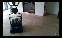 Renovace podlah díky přístroji Bona Power Scrubber nebude nutná.