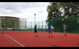 Tenis, florbal a squash a další sporty