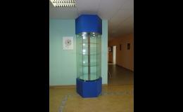Otočné skleněné vitríny, výroba a montáž   Praha
