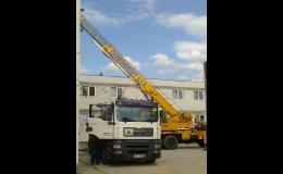 Autodoprava a jeřábnické práce autojeřábem - moderní strojní vybavení a technika