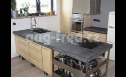 Kvalitní kuchyňské desky z mramoru či žuly Opava