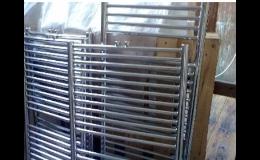 Oberflächenbehandlung, elektrochemisches Polieren von Edelstahlprodukten, die Tschechische Republik