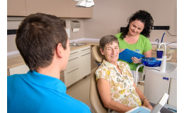 Parodontologie Praha – léčba a prevence