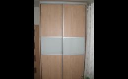 Vestavěné skříně z kvalitních materiálů Znojmo