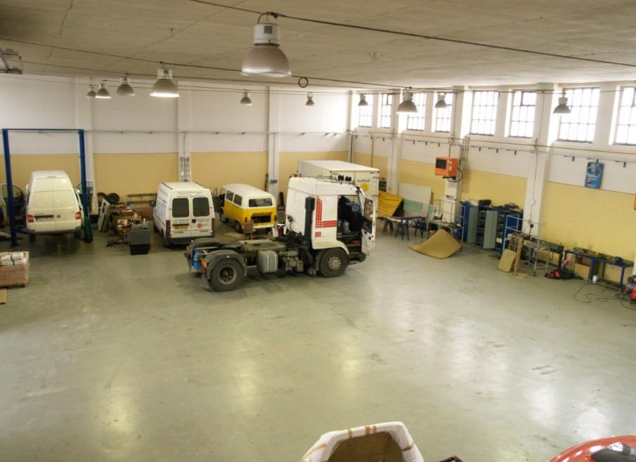 Dílna pro opravy a úpravy vozidel