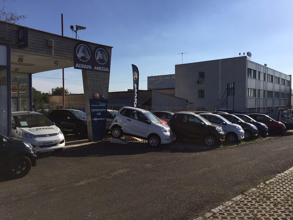 Nové automobily Aixam, Mega.