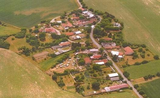 Letecký pohled na obec Křečhoř