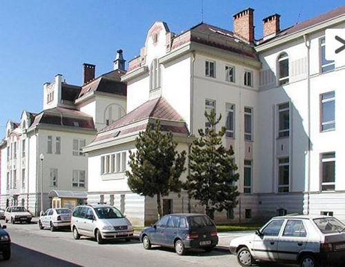 Stredni prumyslova skola stavebni, Ceske Budejovice, Resslova 2