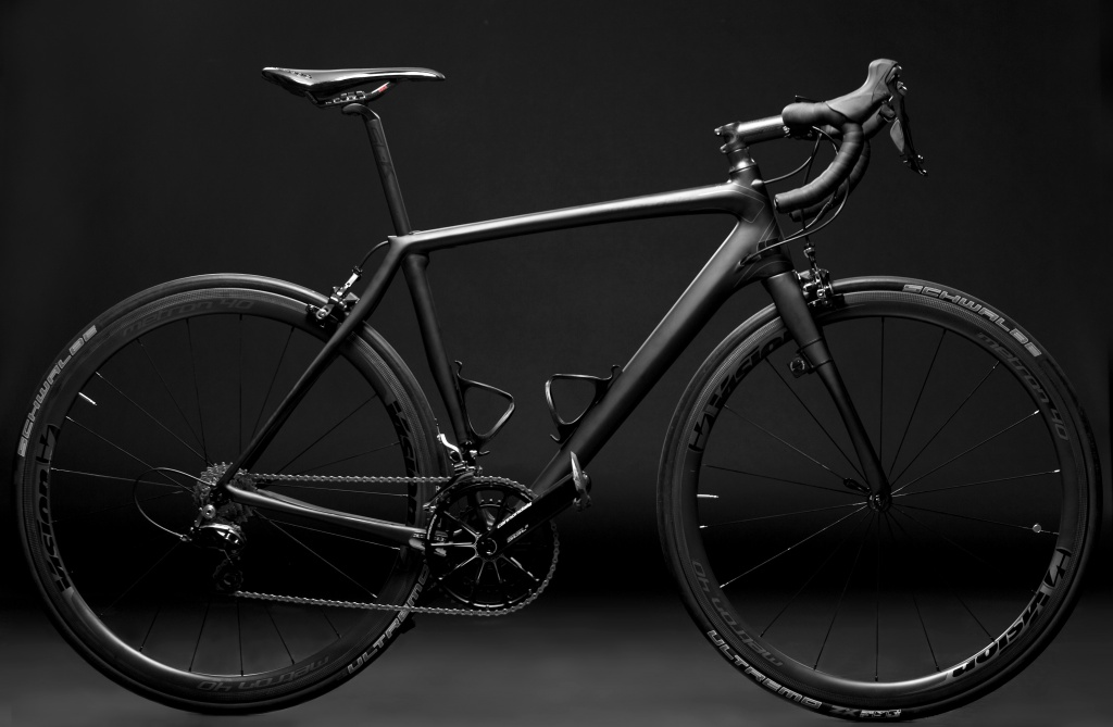 CANNONDALE SYNAPSE BLACK INC.