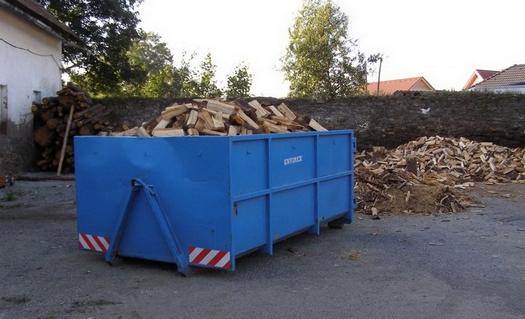 Obchod s dřevní hmotou