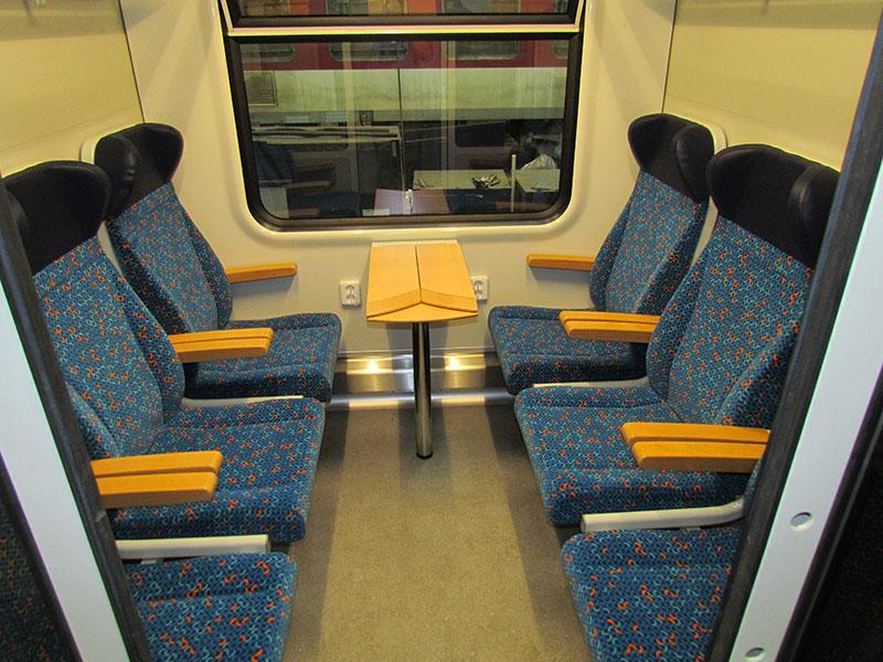 Sklopná sedadla