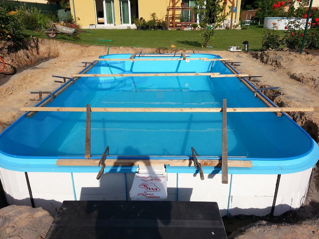 Stavba bazénů na zakázku