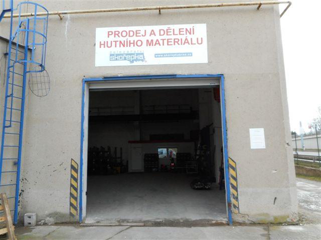 Hutní materiál budova Brno