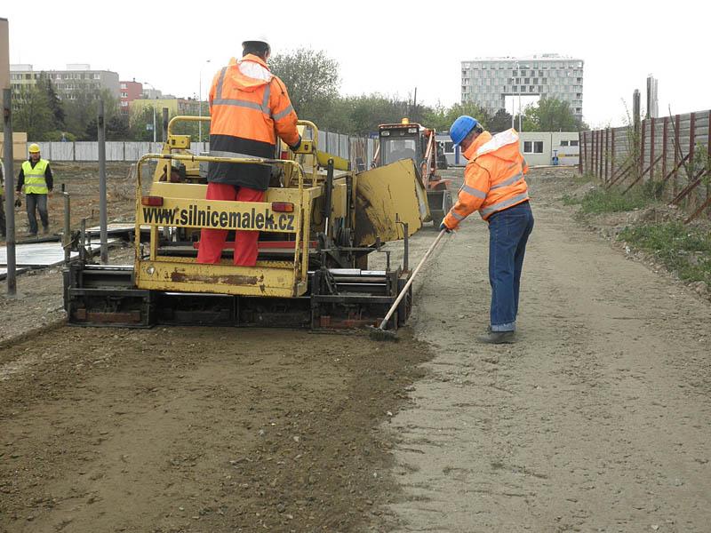 Asfaltování Málek Praha Oprava, řezání vozovek a chodníků