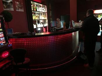 Bar na zakázku Praha - truhlářství Praha