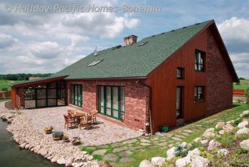 HOLIDAY-PACIFIC HOMES-BOHEMIA, spol. s r.o. Dřevostavby - Rodinné domy