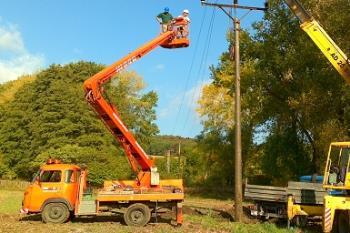 Plošina MP16 - 16m - pronájem litoměřice, Luboš Štorkán Pronájem montážních plošin Litoměřice