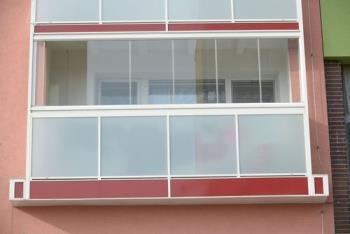 Zasklívací systémy pro balkóny, ALUMISTR SE