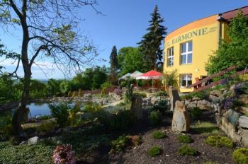 Exteri�r hotelu Harmonie, Regenera�n� centrum a hotel HARMONIE Franti�ek Ernest