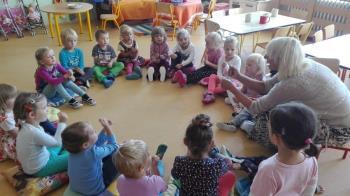 Předškolní vzdělání dětí, Základní škola a mateřská škola Hnízdo v Úněticích, příspěvková organizace