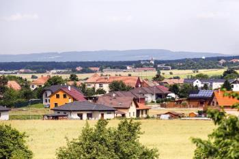 Obec Lodín