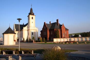 Obec Píšť
