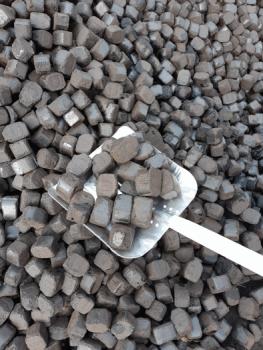 Uhelné brikety, Uhelné sklady - Martin Červený Wabros Consulting, s.r.o.