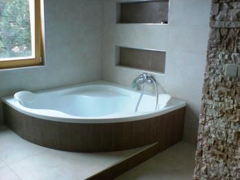 Rekonstrukce koupelny, M+M SDRU�EN� - Krom���, Luha�ovice