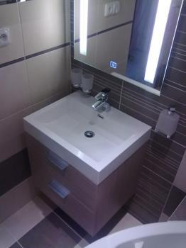 Rekonstrukce a realizace koupelen na klíč, Tomáš Viktorini