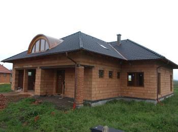 Kompletní dodávka střechy, Josef Hlaváč Pokrývačství - Klempířství - Tesařství