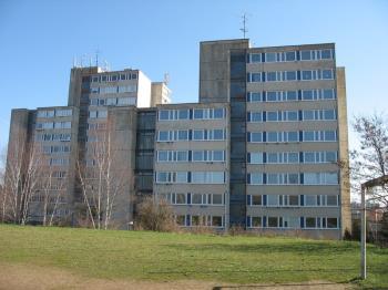 Domov mládeže SPŠD, Střední průmyslová škola dopravní, Plzeň, Karlovarská 99