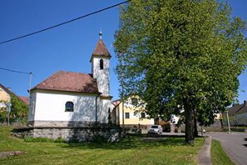 Obec v okrese Strakonice v předhůří Šumavy, Obec Hoslovice